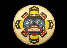 Alaskischer Eingeborener gemalte Plakette Stockbild