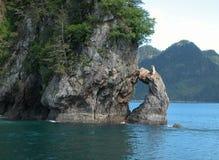 Alaskischer Felsen-Bogen stockbilder