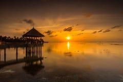 Alba ad una località di soggiorno Maldive di quattro stagioni a Kuda Huraa Fotografia Stock