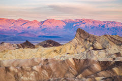 Alba al punto di Zabriskie nel parco nazionale di Death Valley, California, U.S.A. Immagine Stock