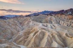 Alba al punto di Zabriskie nel parco nazionale di Death Valley, California, U.S.A. Fotografie Stock Libere da Diritti
