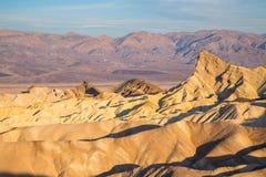 Alba al punto di Zabriskie nel parco nazionale di Death Valley, California, U.S.A. Fotografia Stock