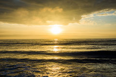 Alba all'isola della spiaggia delle palme, sopra l'oceano in Carolina del Sud Immagini Stock Libere da Diritti
