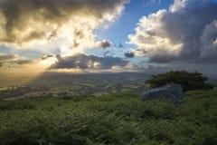 Alba alla collina di Caradon, Cornovaglia, Regno Unito Immagine Stock