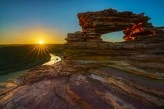 Alba alla finestra delle nature nel parco nazionale di kalbarri, Australia occidentale 16 fotografia stock libera da diritti