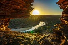 Alba alla finestra delle nature nel parco nazionale di kalbarri, Australia occidentale 18 immagine stock