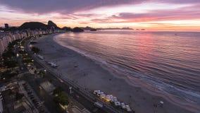 Alba alla spiaggia di Copacabana Fotografia Stock