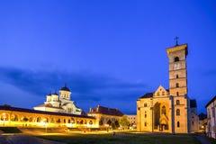 Alba Carolina-kerken, Roemenië stock afbeeldingen