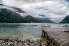 Alba con le nuvole nel bello lago Achensee nel Tirolo, Austria Fotografie Stock Libere da Diritti