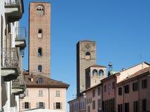 Alba (Cuneo, Italia) fotos de archivo