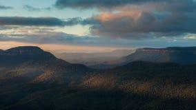 Alba dal parco nazionale blu delle montagne Fotografia Stock Libera da Diritti