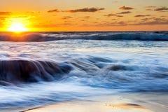 Alba dalla spiaggia del arniston in Sudafrica Fotografia Stock