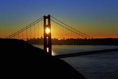 Alba del ponticello di cancello dorato Fotografie Stock