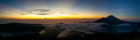 Alba del vulcano Fotografie Stock Libere da Diritti