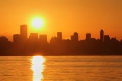 Alba dell'orizzonte di Vancouver, baia inglese Immagine Stock