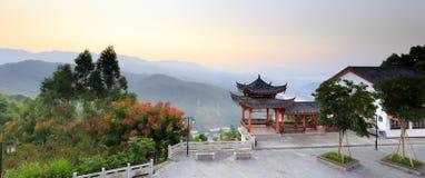 Alba della montagna del cavallo del cielo di Tianmashan Fotografia Stock