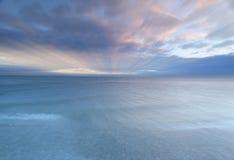 Alba della spiaggia dell'acqua Fotografie Stock Libere da Diritti