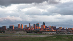 Alba di Kansas City Missourri Clay County Downtown City Skyline Fotografia Stock Libera da Diritti
