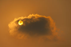Alba di mattina, alba con le nuvole Fotografie Stock