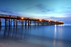 Alba di primo mattino sul pilastro della spiaggia di Flagler Immagini Stock