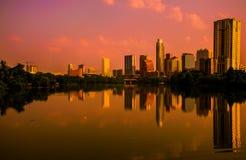 Alba di rosso di immagine di specchio di Austin Texas Immagini Stock Libere da Diritti