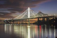 Alba di San Francisco Bay Bridge Eastern Span Fotografie Stock