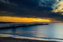 Alba di Santa Cruz al molo del pescatore Fotografia Stock Libera da Diritti