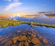 Alba fantastica su Mont Blanc nelle alpi francesi, Europa Ston Fotografia Stock Libera da Diritti