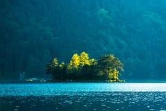 Alba fantastica sul lago Eibsee della montagna Fotografia Stock Libera da Diritti