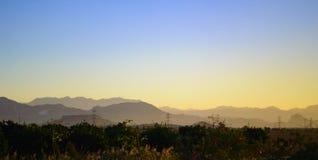 Alba iniziale nelle montagne Fotografie Stock