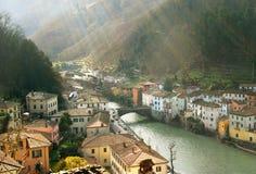 Alba italiana del villaggio Fotografia Stock