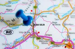 Alba Iulia auf Karte lizenzfreie stockfotografie