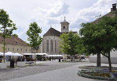 Alba Karolina, Czerwiec 15: St Michael katedry kwadrat od Alba Karolina fortecy w Rumunia Fotografia Stock