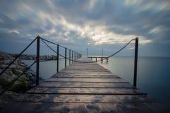 Alba in Mar Nero con il bello cielo Fotografie Stock