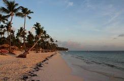Alba in mare nella Repubblica dominicana fotografia stock libera da diritti