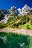 Alba meravigliosa nel lago Gosausee in Gosau, alpi, Austria Fotografie Stock