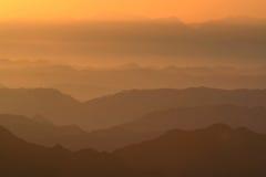 Alba in montagne Fotografie Stock Libere da Diritti