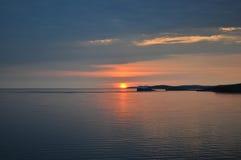 Alba nel lago Baikal Immagini Stock Libere da Diritti