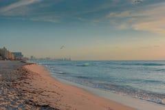 Alba nel mar dei Caraibi fotografie stock libere da diritti