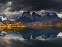 Alba nel parco nazionale di Torres del Paine Fotografia Stock