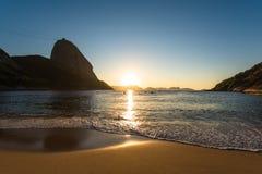 Alba nella spiaggia fotografia stock libera da diritti