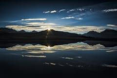 Alba nelle montagne Fotografie Stock Libere da Diritti