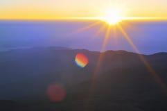 Alba nelle montagne Fotografia Stock