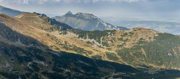 Alba nelle montagne di Tatra Immagine Stock Libera da Diritti