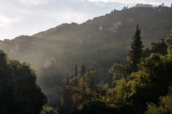 Alba nelle montagne greco corfu Immagini Stock
