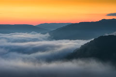 Alba scenica, Virginia Occidentale, nuova gola del fiume Fotografia Stock Libera da Diritti
