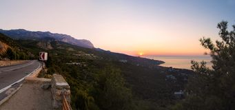 Alba in Simeiz, Jalta, Crimea, Ucraina, estate Fotografia Stock