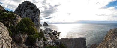 Alba in Simeiz, Jalta, Crimea, Ucraina, estate Fotografia Stock Libera da Diritti