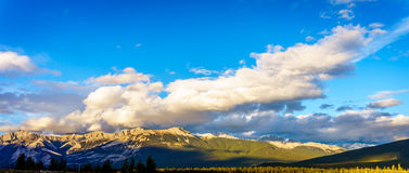 Alba sopra Jasper Mountains Immagini Stock Libere da Diritti