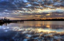 Alba sopra l'entrata del lago, Australia Fotografia Stock